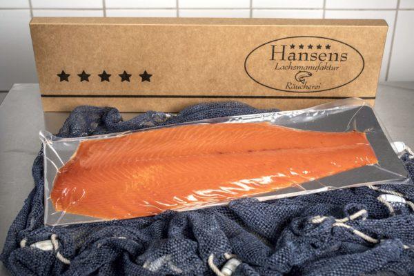 Norwegischer Lachs ganz verpackt